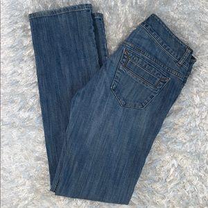 CAbi size 6 straight leg jeans stretch